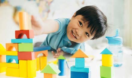 Entwicklungsschritte von Kleinkindern